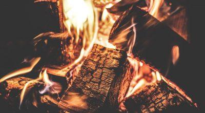 Vers la fin du feu de cheminée ?
